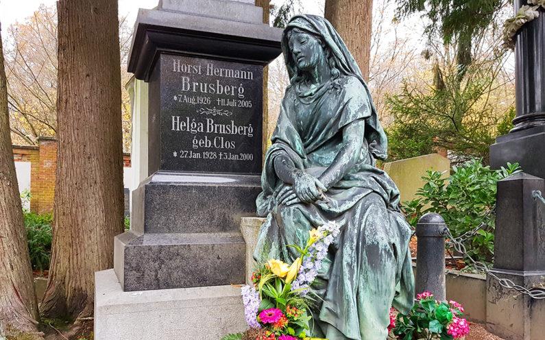 Wiesbaden Nordfriedhof historisches Grabmal Brusberg - 2