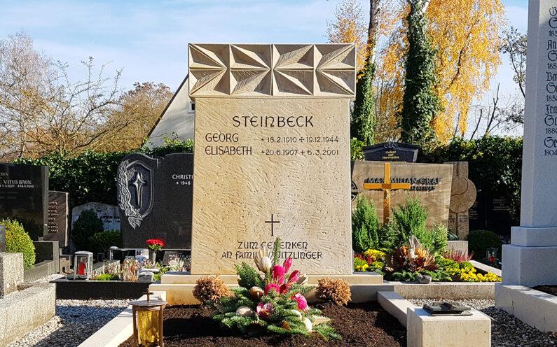 Pfaffenhofen Hauptfriedhof Familiengrab Steinbeck - 1