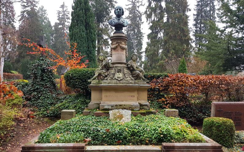 Wiesbaden Nordfriedhof historische Grabstätte Franz Abt - 2