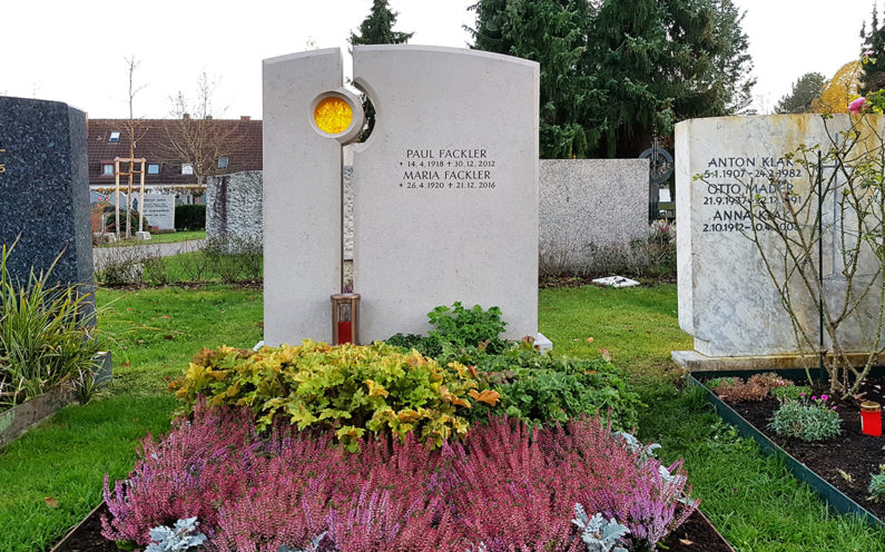 Vaterstetten Friedhof Doppelgrab Fackler - 1