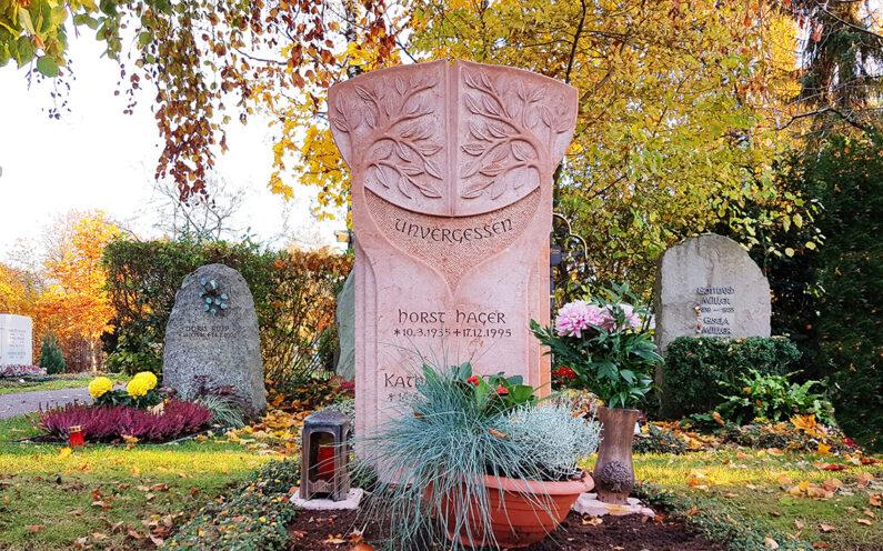 Vaterstetten Friedhof Doppelgrab Hager - 1