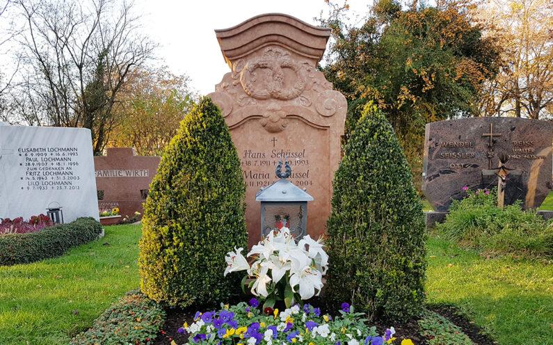 Vaterstetten Friedhof Doppelgrab Schüssel - 1